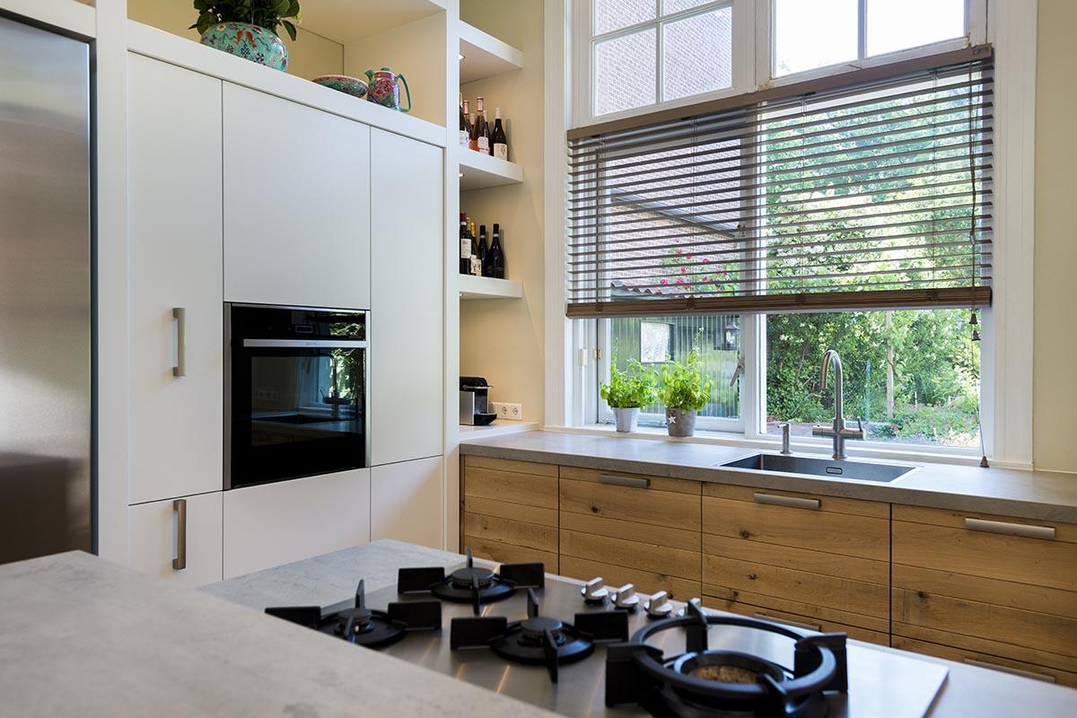De Eikenhouten Keuken : Een ruw eiken houten jp basic keuken van jp walker