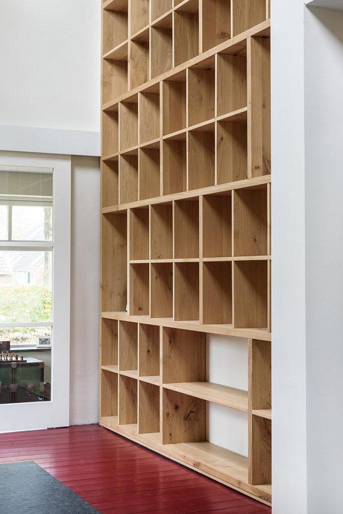 Moderne Eiken Boekenkast.Landelijk Eiken Keuken Met Boekenkast Jp Walker