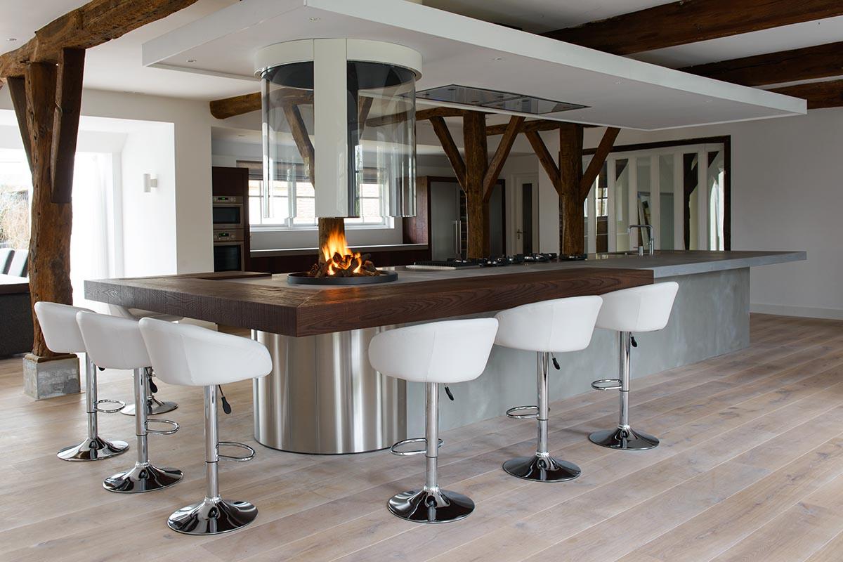 Keukeneiland van teawood beton jp walker keukens